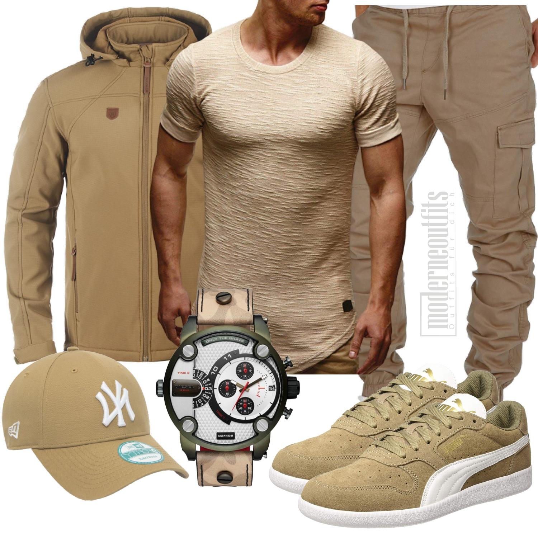 Herrenoutfit in Beige mit Softshelljacke, Shirt und Sneaker