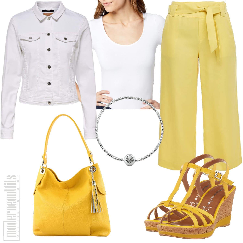 Gelbes Damen Outfit mit Culotte und Sandalen