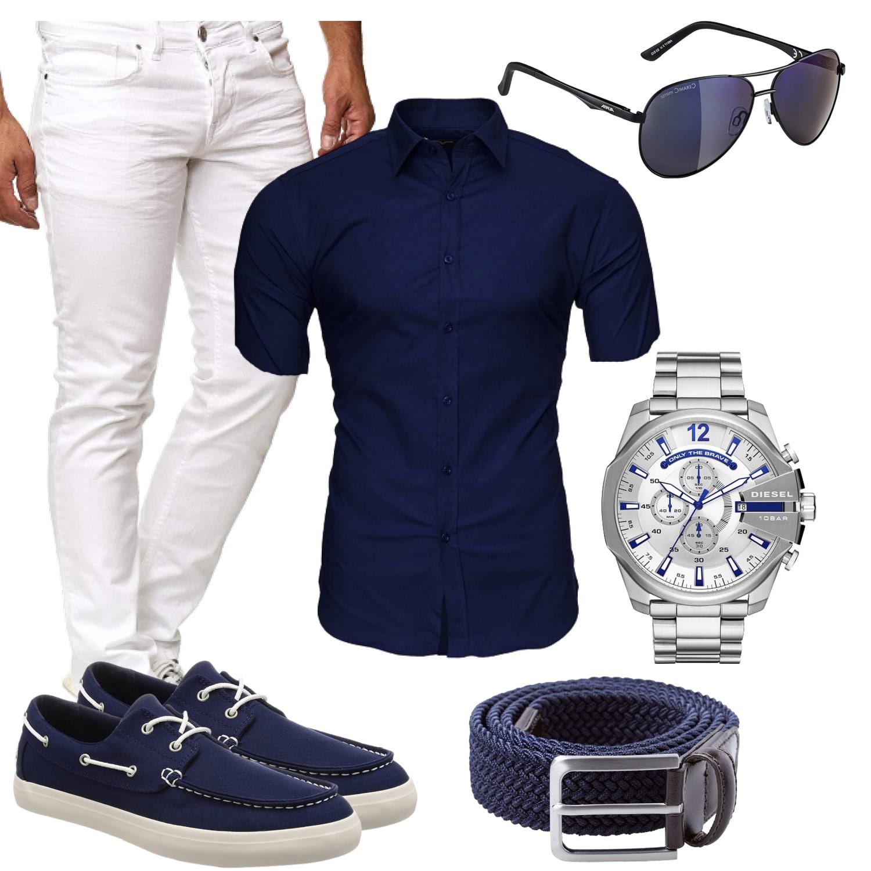 Dunkelblaues und weißes Sommer Outfit für Männer