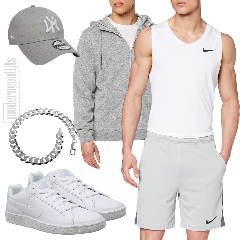 Sommer-Style für Männer mit Nike-Shorts und Sneaker