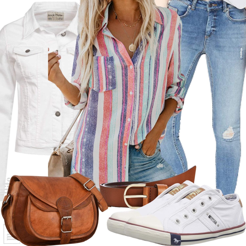 Damenoutfit mit bunter Streifenbluse und Jeans