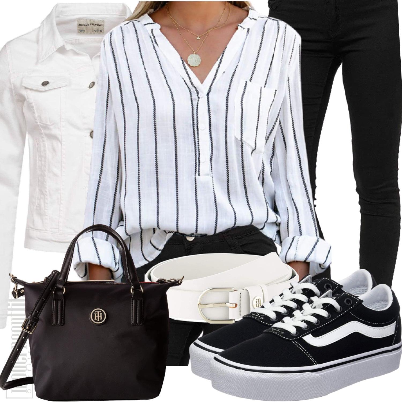 Weiss Schwarzes Damenoutfit mit Streifenbluse und Jeans