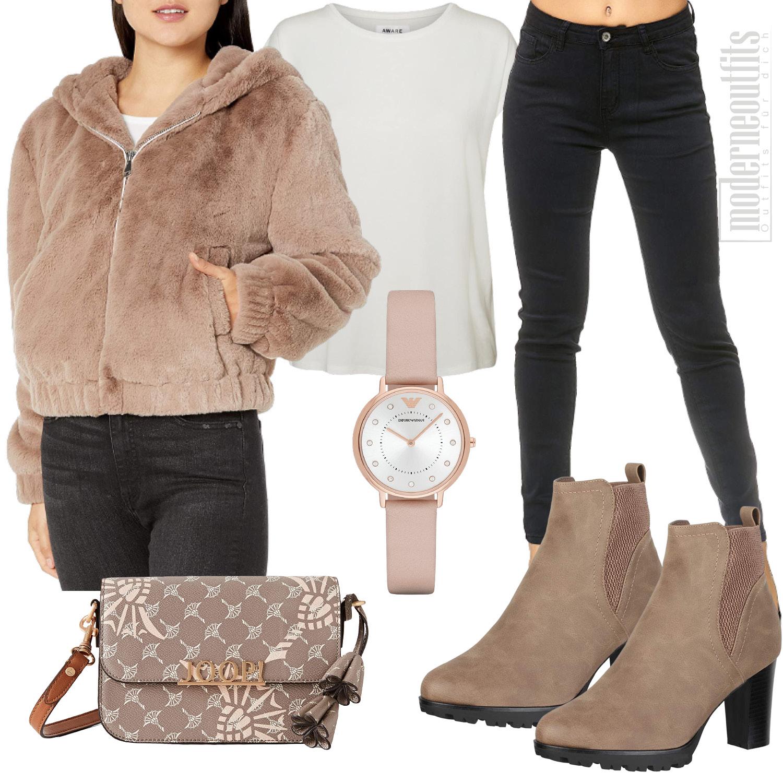 Damen Style in Beige mit Kunstfell Jacke und Jeans