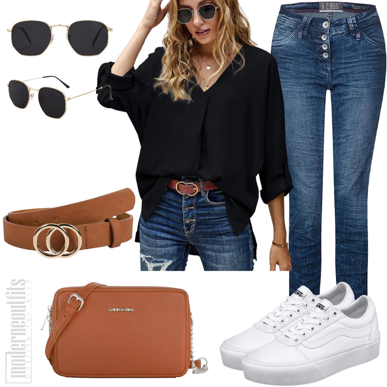 Blusen Outfit für Damen mit Jeans und Sneakers