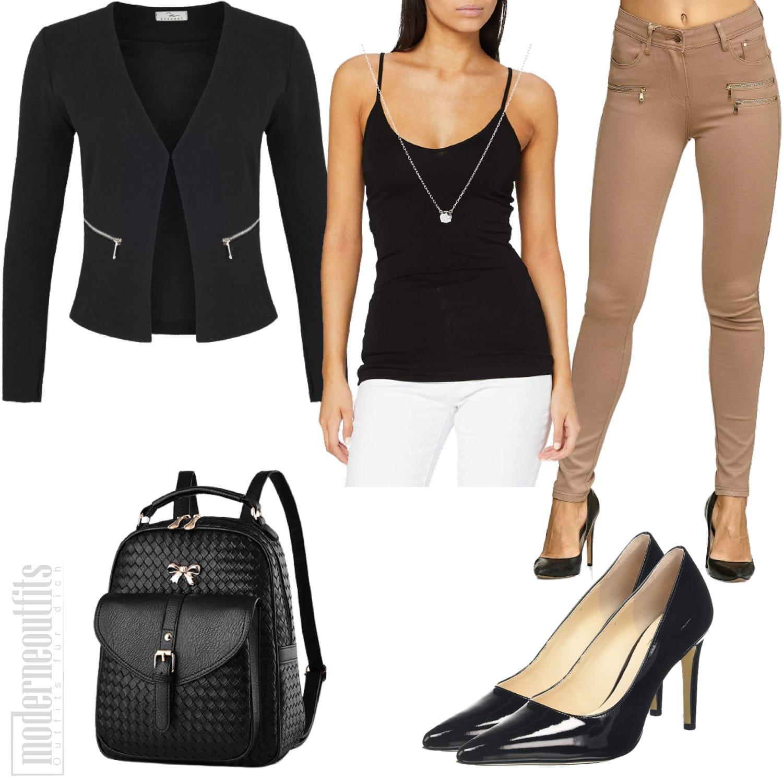Büro Outfit für Damen mit Blazer und Jeans