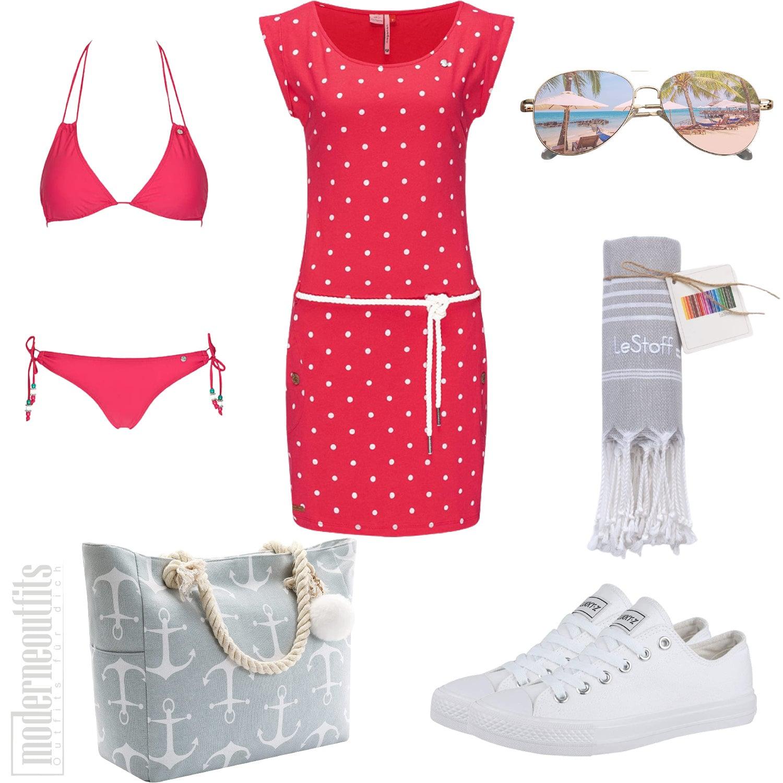 Sommer Outfit für Damen mit Kleid und Bikini